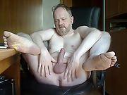 Karsten aus bremen präsentiert seinen nackten körper