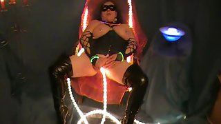 Sindy the german milf slut fucked by a lightrope after a photoshooting
