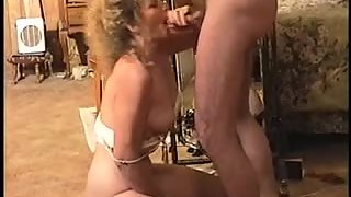 Horny mature fuckslut knows how to deep-throat and deepthroat