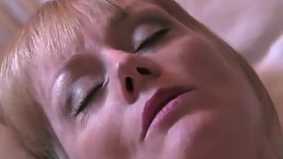Busty mature mistress gets her cunt creampied in the hotel room
